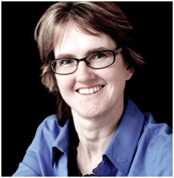 Amanda Holges, Business Mentor, Kent Business Mastermind: Profile photo on black